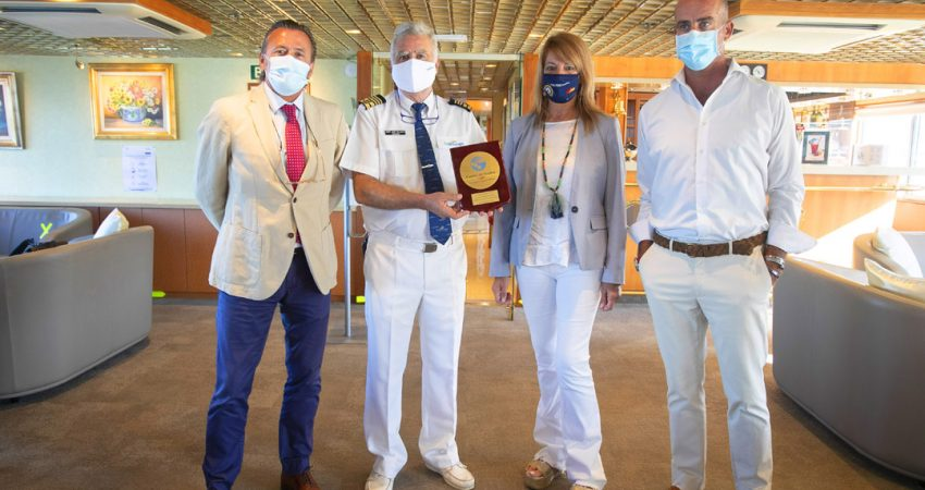 First cruise ship in Spain