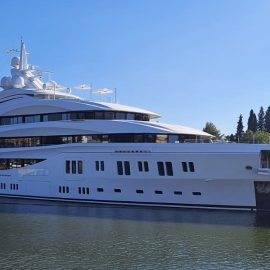 """Lamaignere Shipping received a luxury mega-yacht: """"Lady Lara"""". Thanks to our main agent"""