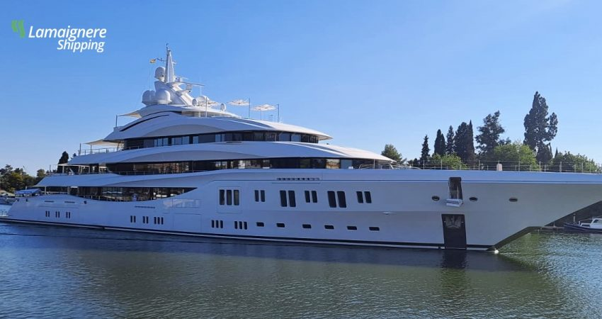 """Lamaignere Shipping received a luxury mega-yacht: """"Lady Lara"""". Thanks to our friends of Evolution Yacht"""